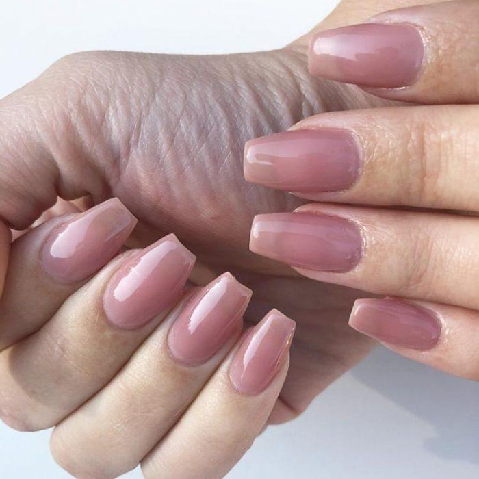 Brush on Gel Soft Blush (Hands)