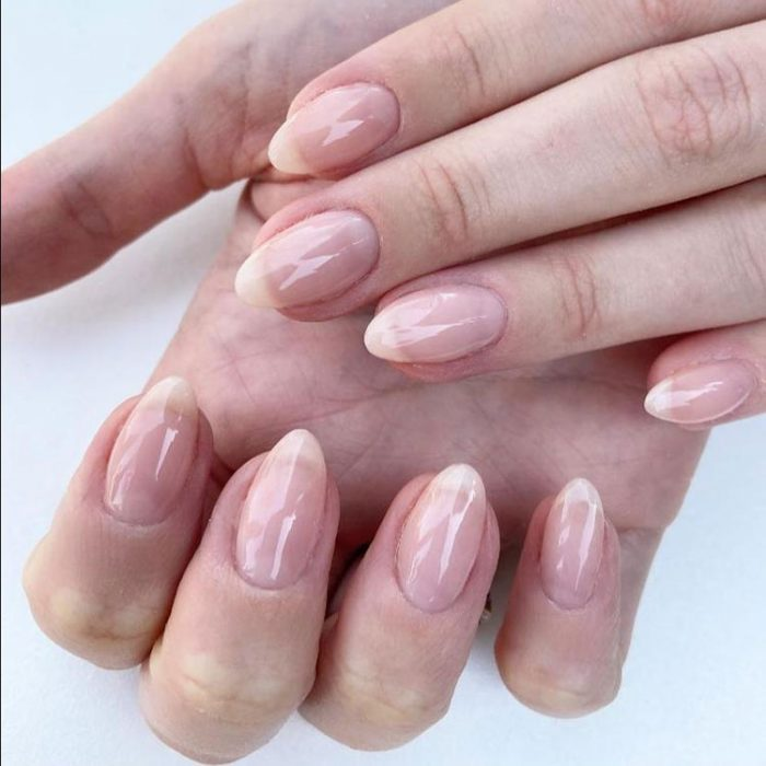 Brush on Gel Soft Nude (Hands)
